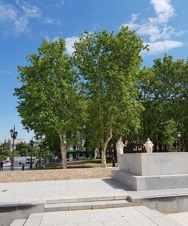 Great area around Plaza De Oriente.