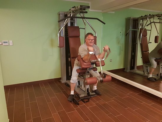 Hotel Pinia: Der Fitnessraum