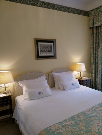 Hotel Avenida Palace Photo