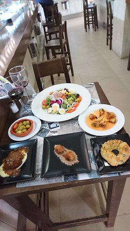 Triana Restaurante Tapas Bar : The pictures don't do justice to the dishes on offer, you need to try these for yourselves !!!