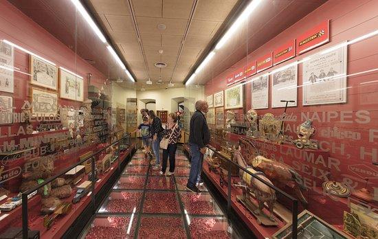 Museu Del Joguet De Catalunya : Ámbito Fabricantes. Foto: Jordi Puig