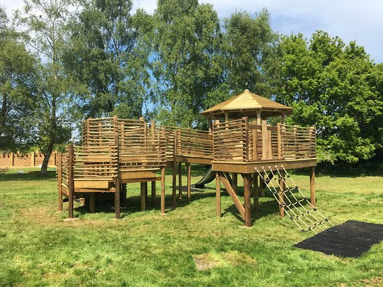 Fritton Arms Hotel: Toddler play area