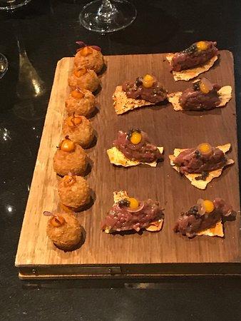 The Savoy Grill : steak tartar