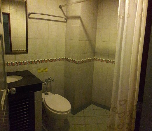 Thipurai City Hotel: 20180518_035213_large.jpg