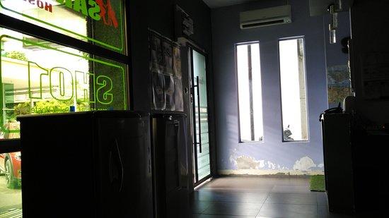 Sakot Hostel: main entrance