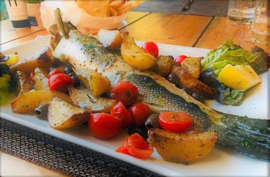 Ristorante Il Cavallino: oven baked sea bass