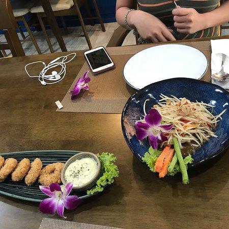 Kurissara Thai Cuisine ภาพถ่าย