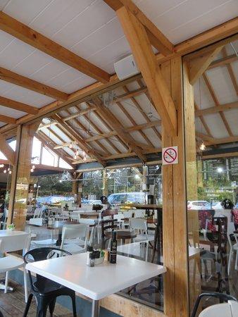 Peregrine Farm Stall: restaurant