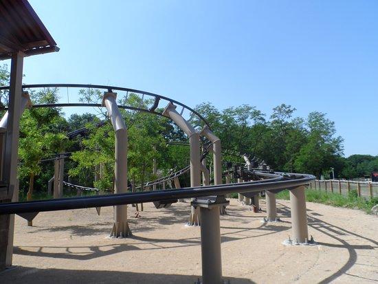 Parc du Petit Prince: Le serpent - Montagne Russe