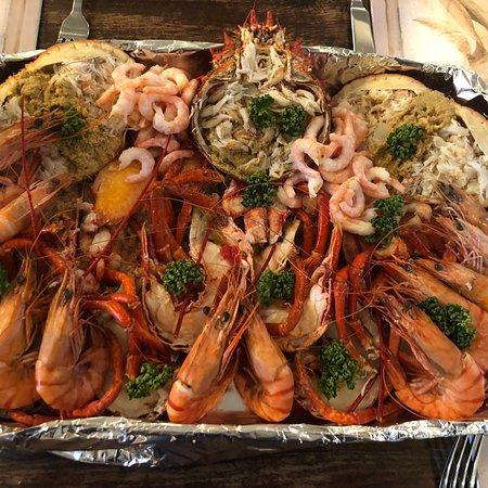 写真Mrs Will the Fish - seafood take-away枚