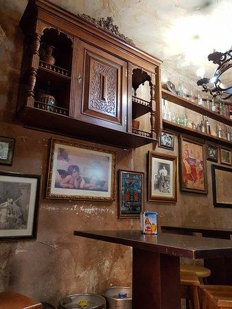 Taberna de los Angeles: Authentic tavern