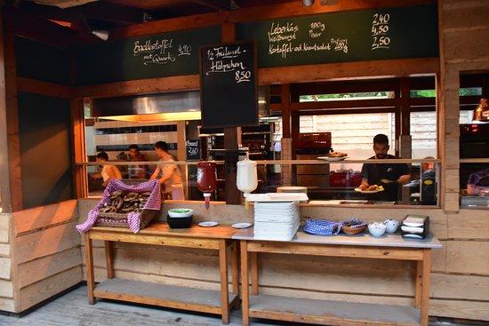 Cafe am Neuen See, Biergarten: Madbestilling