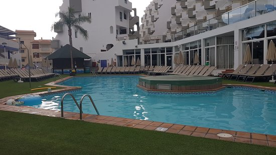 PlayaOlid Suites & Apartments: Main pool