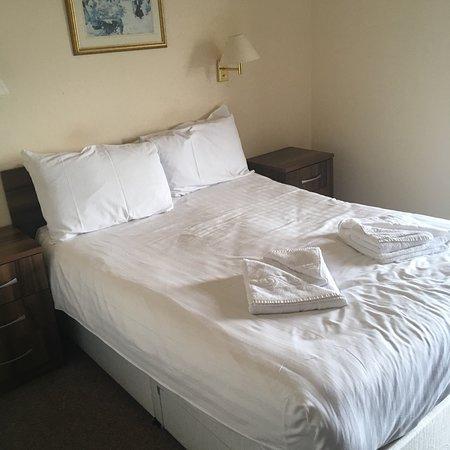 Abbey Lawn Hotel: photo2.jpg