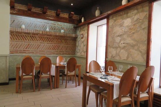 Bar Zamora: Gastraum