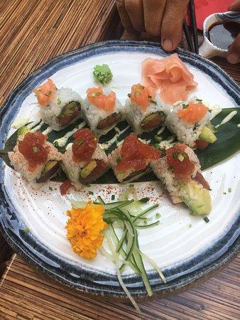 Insho: Zalm special maki en tonijn maki