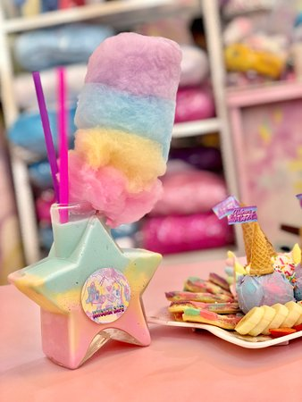 Milky Way Star with Cotton Candy - Picture of Unicorn Cafe, Bangkok