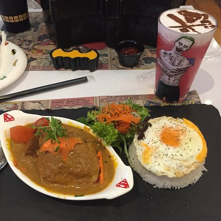 DC Comics Super Heroes Cafe: Presentation 10/10 definitely gets your mouth watery