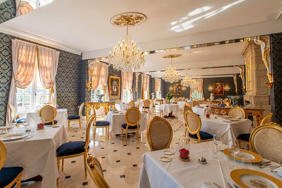 Luynes, France: salee de restaurant