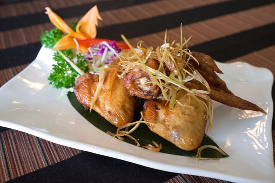 Thai Aroma Restaurant: A4 Lemongrass Wings