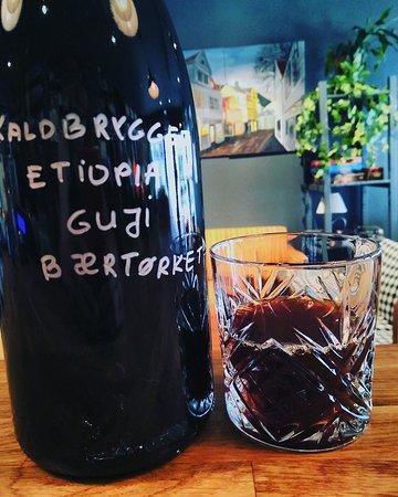 Vågal kaffe- og vin: Cold brewed coffee
