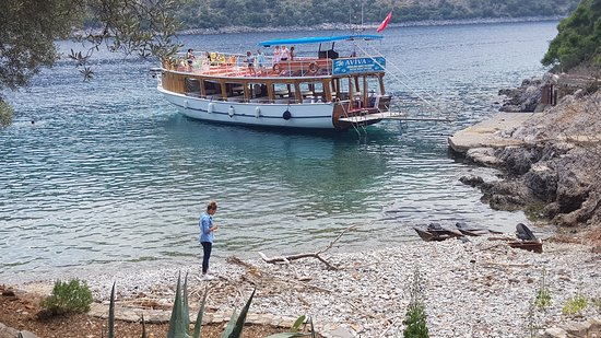 Aviva 2 Gunluk Tur Teknesi: Muhteşem bir köy tabiki AVİVA 2...