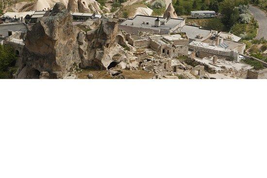 Uchisar Castle照片