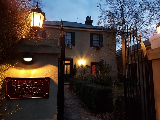Blakes Manor Deloraine: Entrance