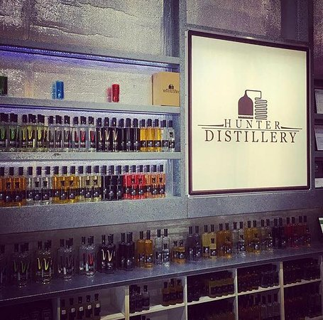 Hunter Valley Tours for Two : Hunter Distillery