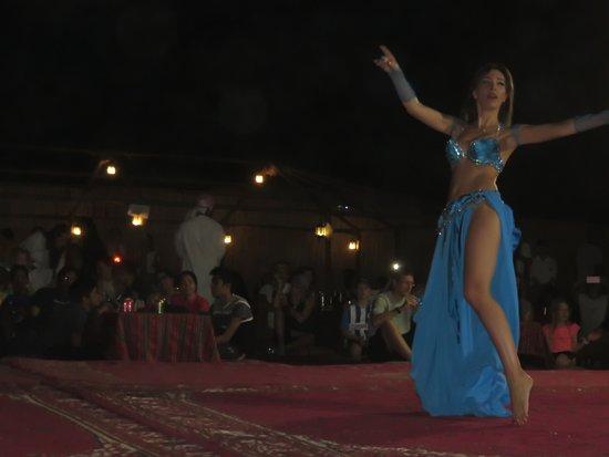 Dubai Safaris Tour: Belly dancing
