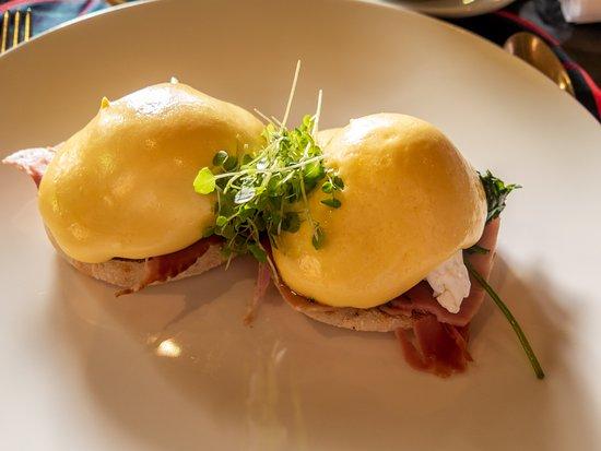 Wunderbare Eggs Benedict