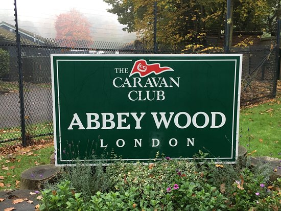 Abbey Wood Caravan Club Site : Entrada