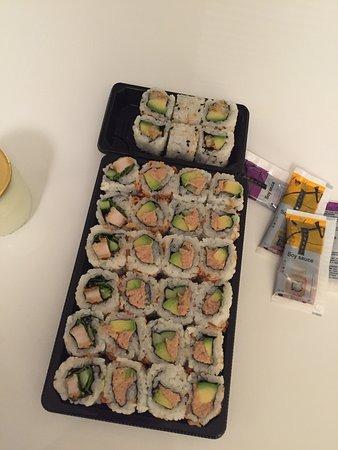 Eat Sushi Photo
