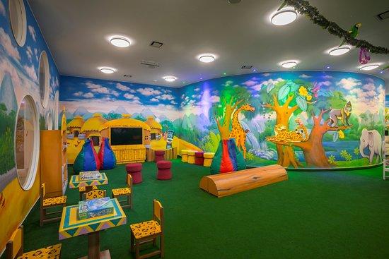 Interior - Picture of Leonardo Laura Beach & Splash Resort, Chloraka - Tripadvisor