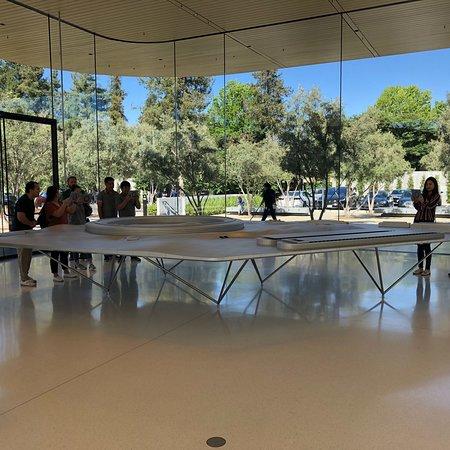 Apple Park Visitor Center照片