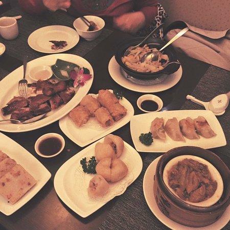 喆園鮑魚中餐廳 - 裕元花園酒店