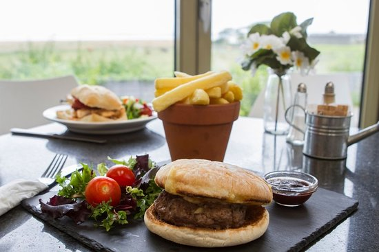 Bolton le Sands, UK: Seasonal food menus, using fresh produce, locally sourced