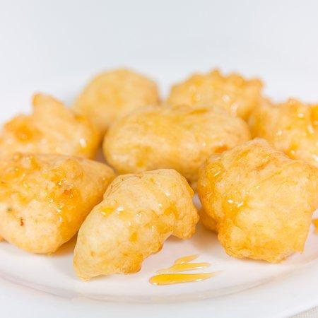 Moka Restaurant Cafeteria: Buñuelos de bacalao con miel