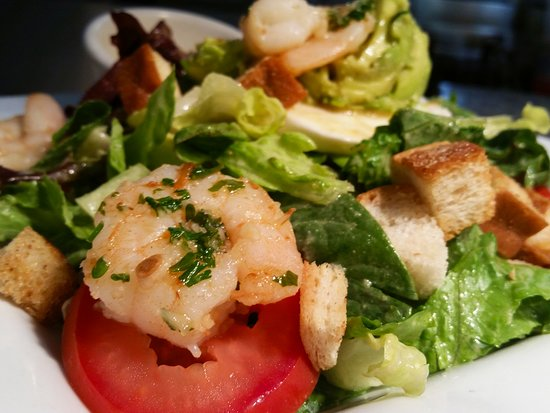 Scoozi: House Salad with Shrimp