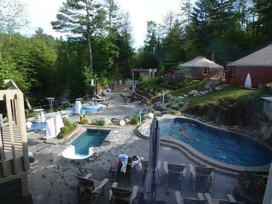 Spa Bolton : le site avec les spas, piscine et bain froid