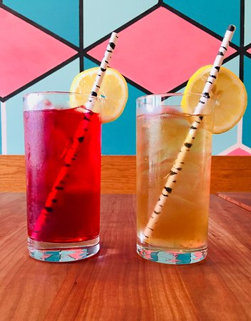 Sackville, Canada: Maritime Sodas and Ice Tea - Made in house from Local Ingredients