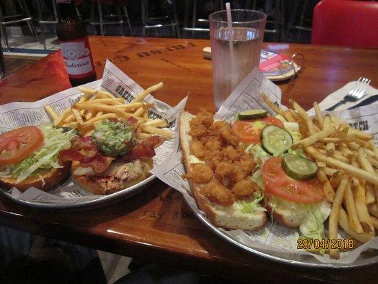 Bubba Gump Shrimp Co.: Hamburgers
