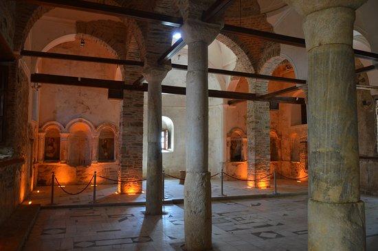 Sirince, Turquía: Interiér kostela
