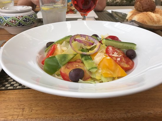Baron Palace Sahl Hasheesh: Essen Infinity Restaurant am Mittag