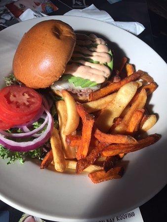 The Bordello of Jerome : Burgers