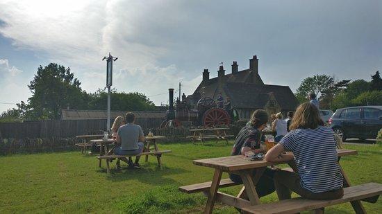 Toddington, UK: view from the garden towards the main street