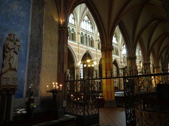 Heilige Jacobus de Meerdere Church: Religious Architecture by Pierre Cuypers build 1875-1878