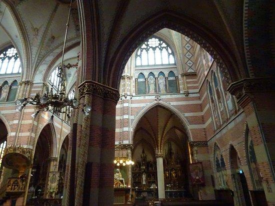 Heilige Jacobus de Meerdere Church: Jacobus de Meerdere; open ma-don 13.30-1500;za 13.30-1600