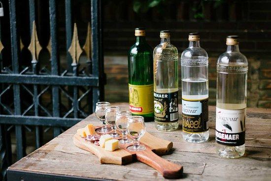 A.van Wees Distilleerderij de Ooievaar