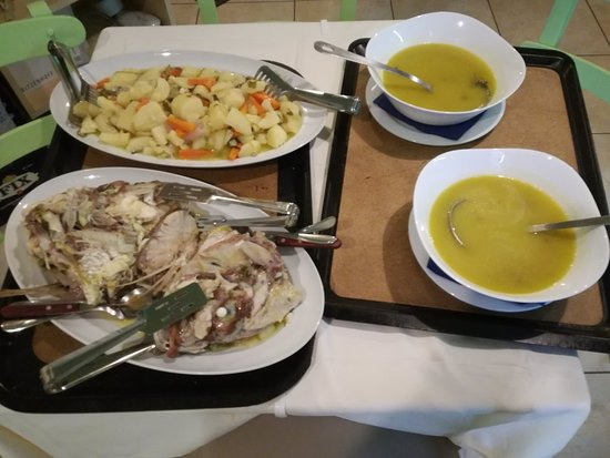 Vivari, Greece: Ψαρόσουπα της Κυρ Μαρίας